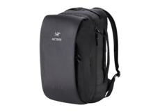 Blade-28-Backpack-Black-Arc'teryx