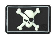 Pirate-Skull-Rubber-Patch-Glow-in-the-Dark-JTG